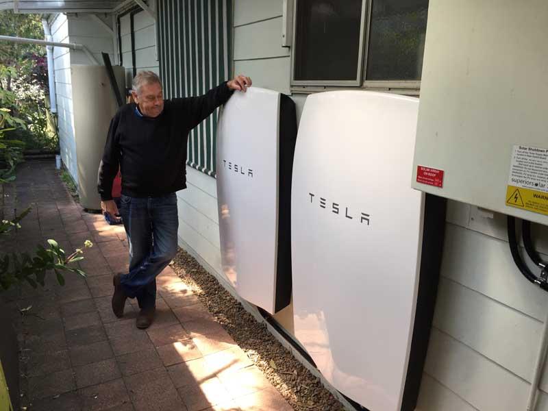 Solar + Tesla System Umina