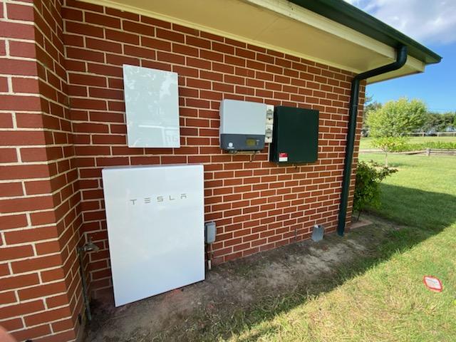 Peats Ridge Powerwall install